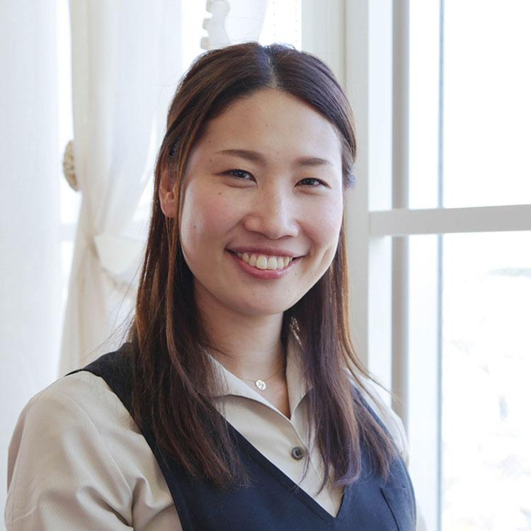 aiko-tomiyoshi-prof